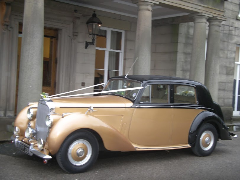 A gorgeous Bentley wedding car for a grand entrance on your special day.