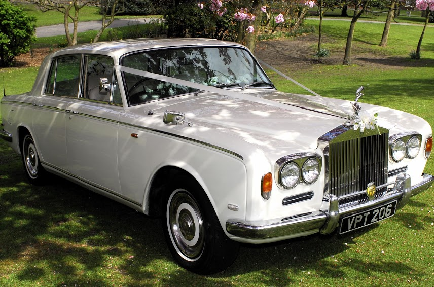 Rolls Royce wedding car for hire in Manchester, Bolton Bury, Stockport and Salford from Manchester Wedding Cars.